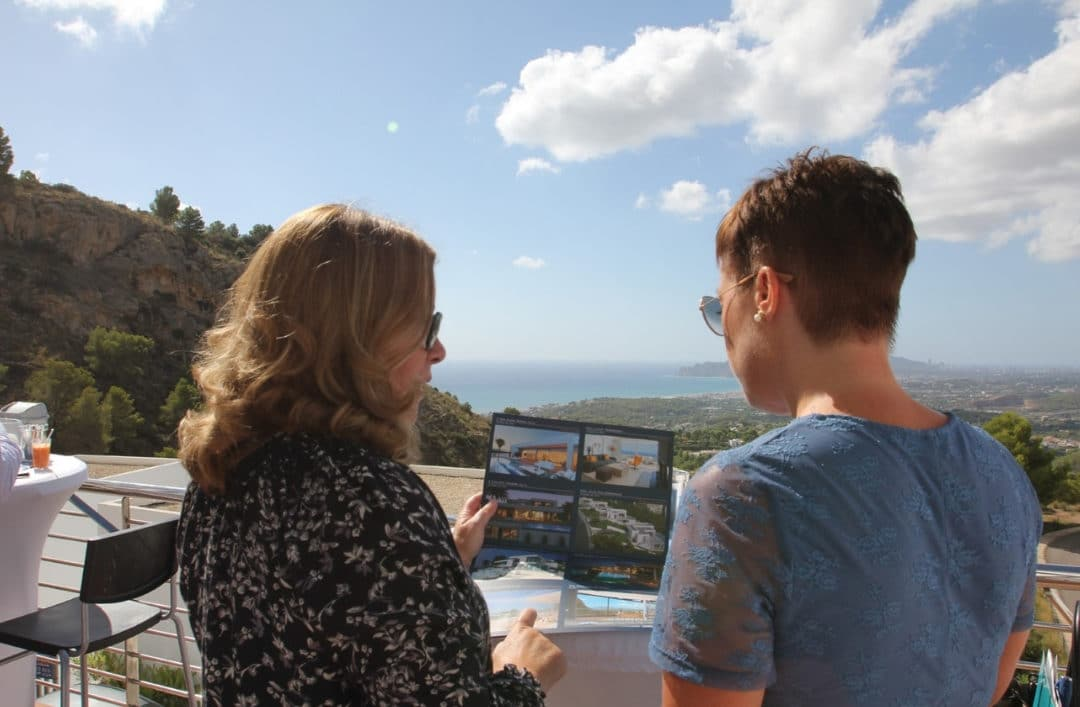 Open House in Blanc Altea Homes for Real Estate Agents: VAPF