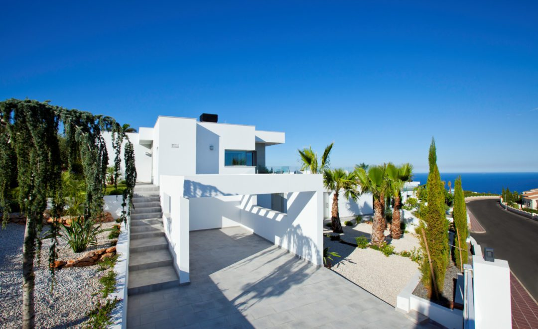 Experience the winter in your new home on the Costa Blanca
