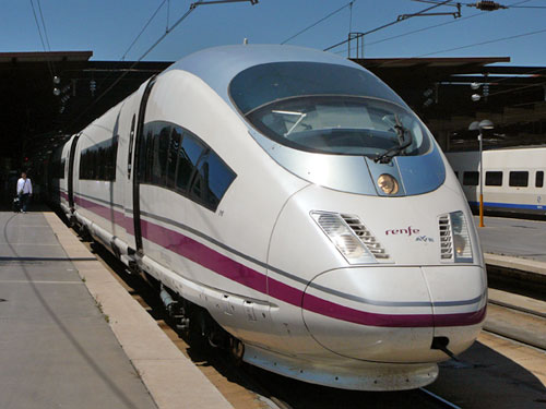 Railway transport is expected to improve its services with the arrival of the AVE in Alicante by 2012, as announced by the Ministry of Development